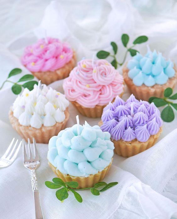 Velas aromáticas en forma de cupcakes; Tutoriales para hacer tus propias velas aromáticas