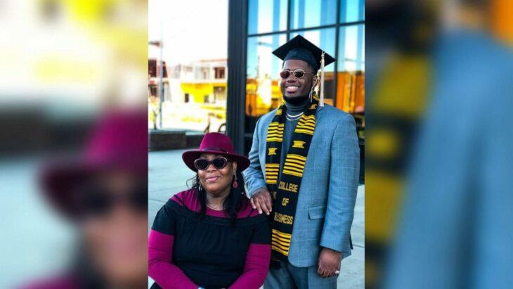Tyra Muhammad en la graduación de uno de sus cinco hijos