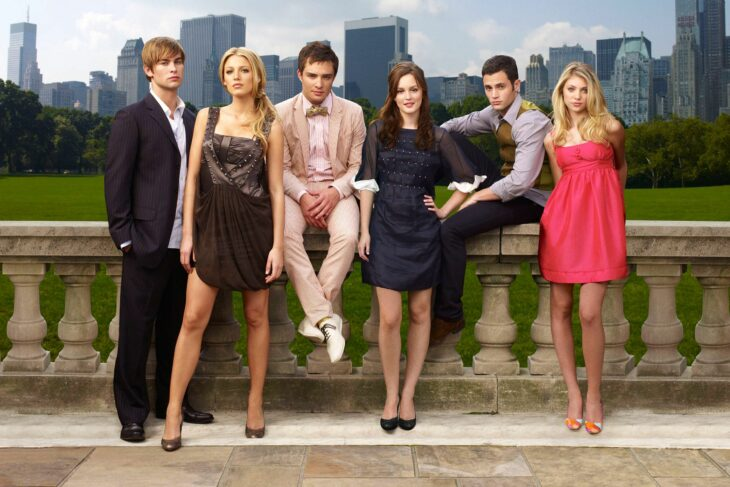 Escena promocional de la serie Gossip Girl; Blake Lively; Series y películas que se van de Netflix en diciembre