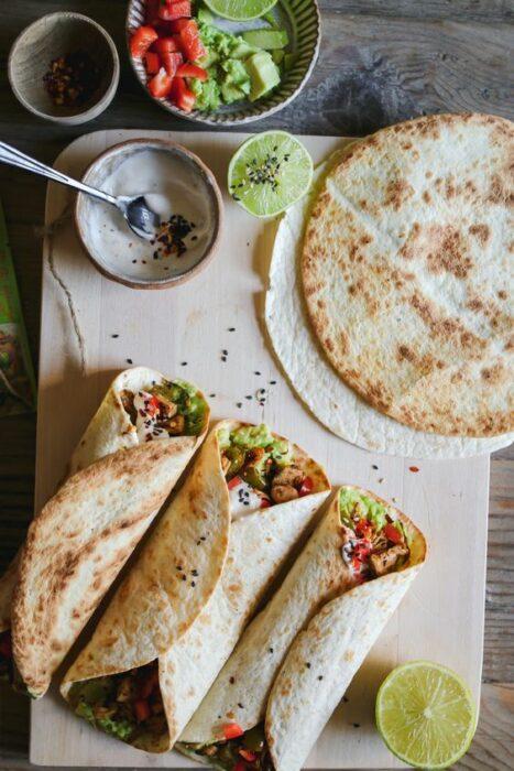 Burritos rellenos de camarones con verduras; 13 Sitios con deliciosas rectas para cocinar como una chef experta
