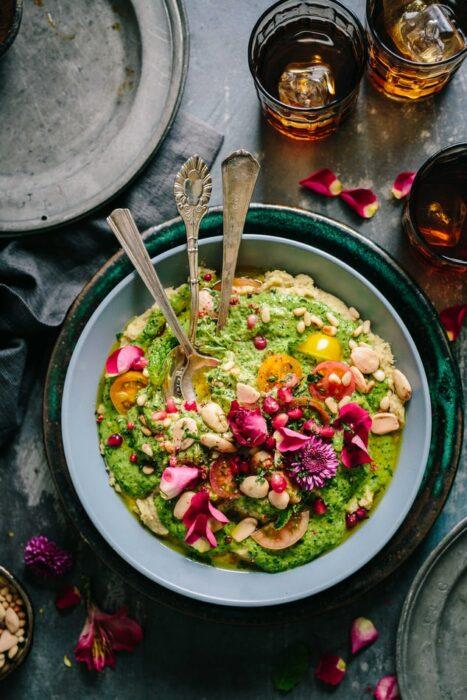 Bowl relleno de aguacate con verduras; 13 Sitios con deliciosas rectas para cocinar como una chef experta