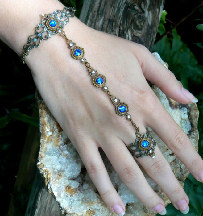 Vintage silver and gold bracelet with blue stones, for the hand