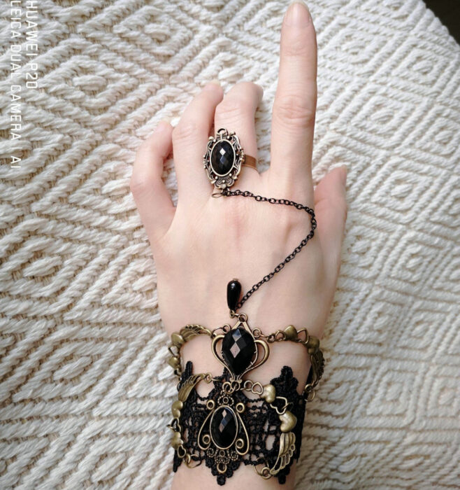 Gothic bracelet for hands, with ring, chains, black stones and lace fabric