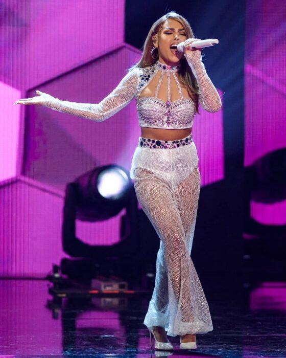 Danna Paola vestida como Selena