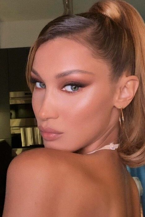 Bella Hadid con Foxy eyes makeup