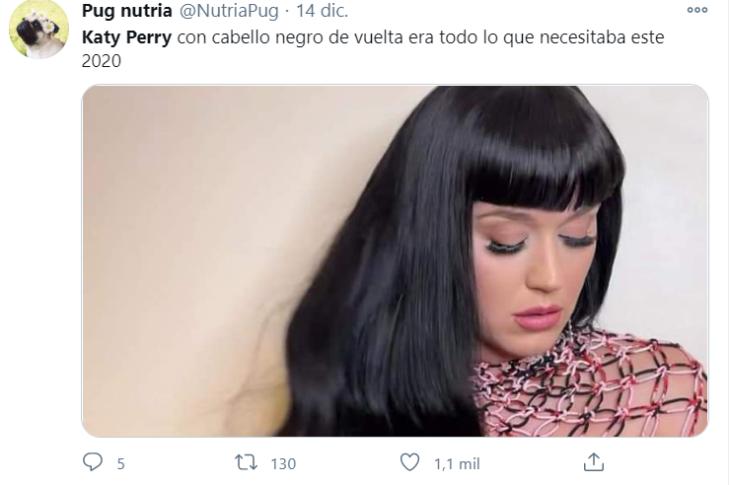 Tuits sobre el cabello negro de Katy Perry