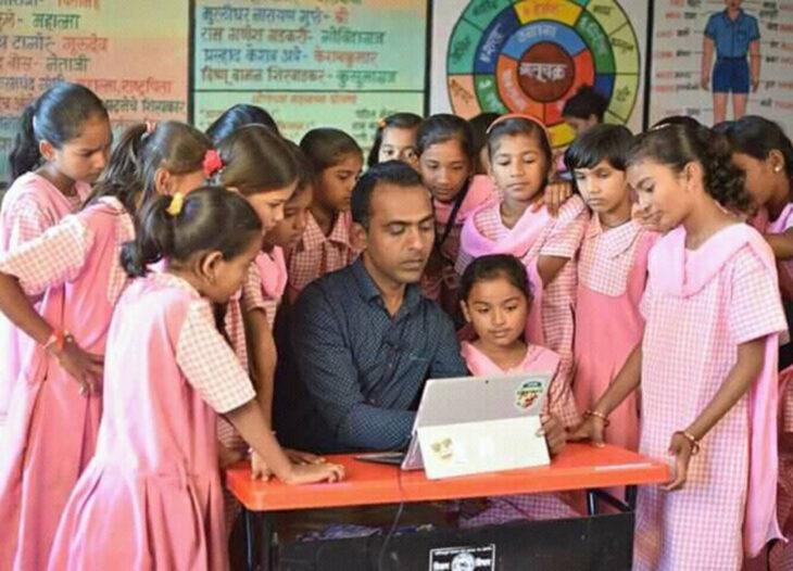 Ranjitsinh Disale, maestro de la India gana Nobel de la Educación por lograr que las niñas asistan a la escuela