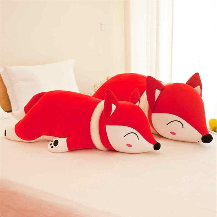 Regalos bonitos para el intercambio de Navidad; cojín almohada en forma de zorro kawaii