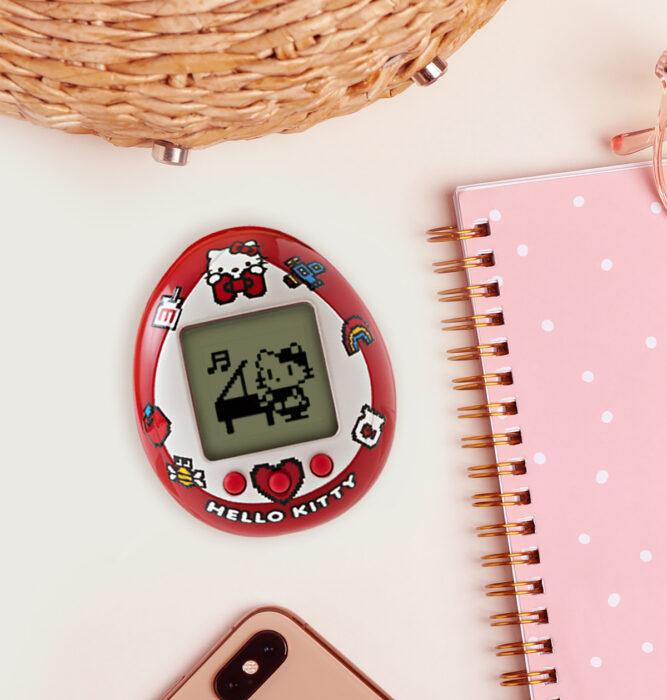 Regalos bonitos de Hello Kitty que puedes comprar en línea; Tamagotchi