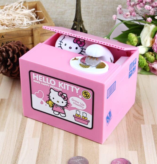 Regalos bonitos de Hello Kitty que puedes comprar en línea; alcancía rosa
