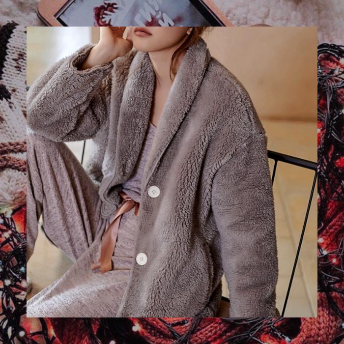 bata, abrigo gris calientito color gris estilo teddy afelpado
