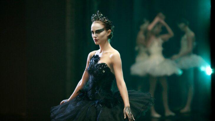 Natalie Portman en El cisne negro; 12 Actores que aprendieron habilidades para obtener un papel