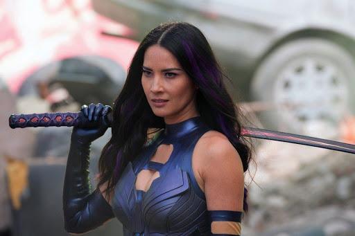 Olivia Munn en X-Men; 12 Actores que aprendieron habilidades para obtener un papel