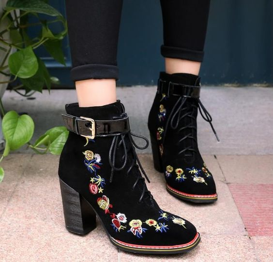 girl with black booties with flower embroidery; 13 embroidered shoes that you would like to have in your wardrobe