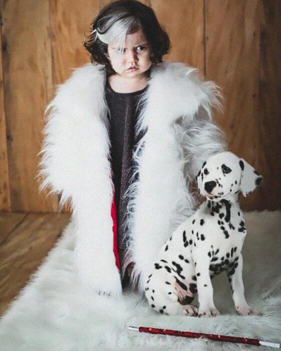 Mayah Aziz como Cruella De Vil