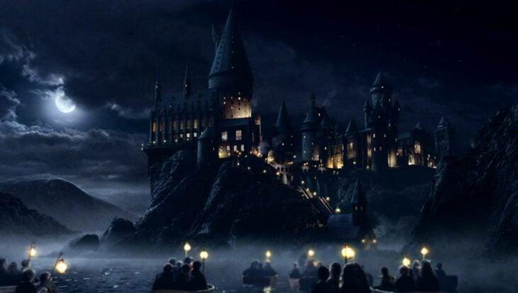 Castillo de Hogwarts de noche