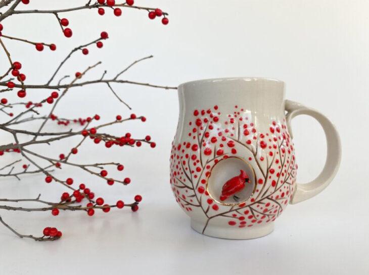 Taza de Brooke Knippa de AP Curiosities Art Studio de Pájaro cardenal