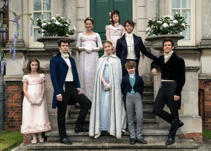 los personajes de la serie bridgerton, la familia bridgerton, daphne, anthony y eloise
