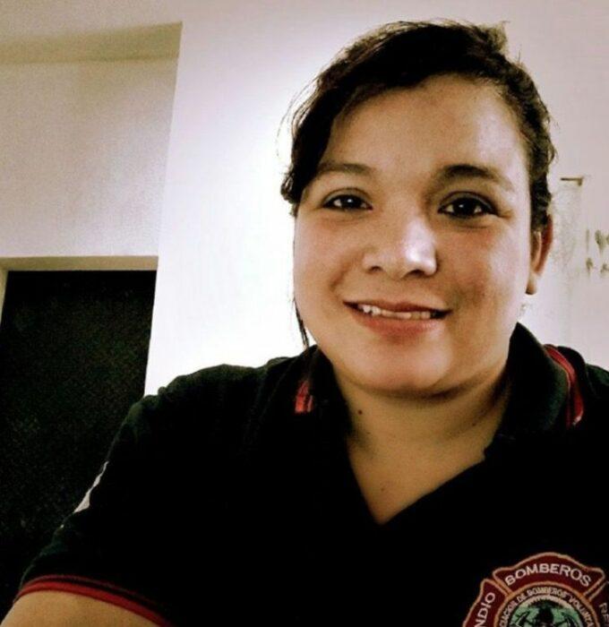 Fotografía de la bombero voluntaria María Lizárraga