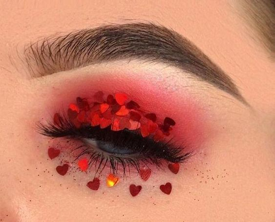 red eyeshadow with heart prints
