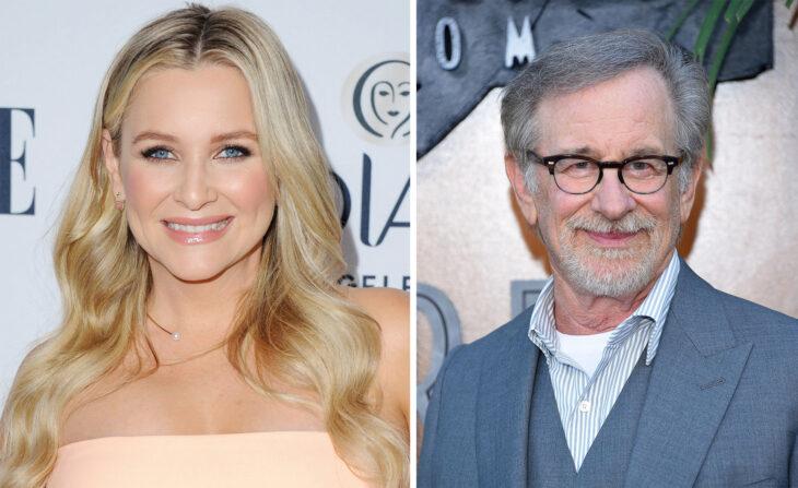 Del lado izquierdo Jessica Capshaw y Steven Spielberg del lado derecho