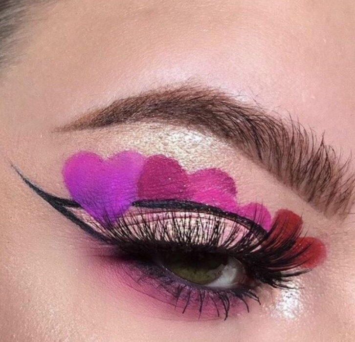 Valentine-inspired makeup in black and purple colors