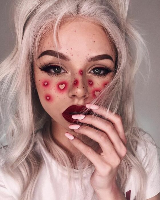 Valentine Inspired Makeup in Cherry / Red Colors with Heart Silhouettes