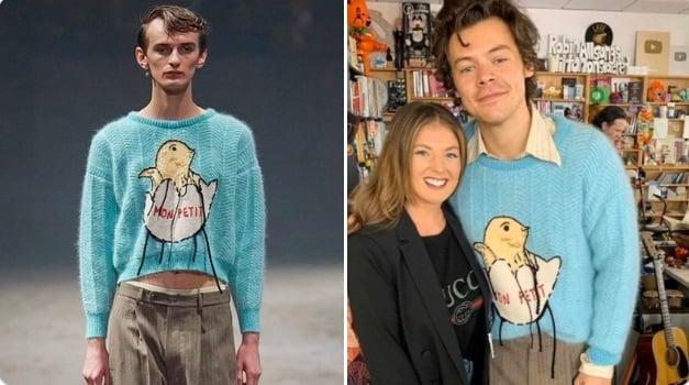 Harry Styles vistiendo suéter azul con estampado de pollito en el cascarón