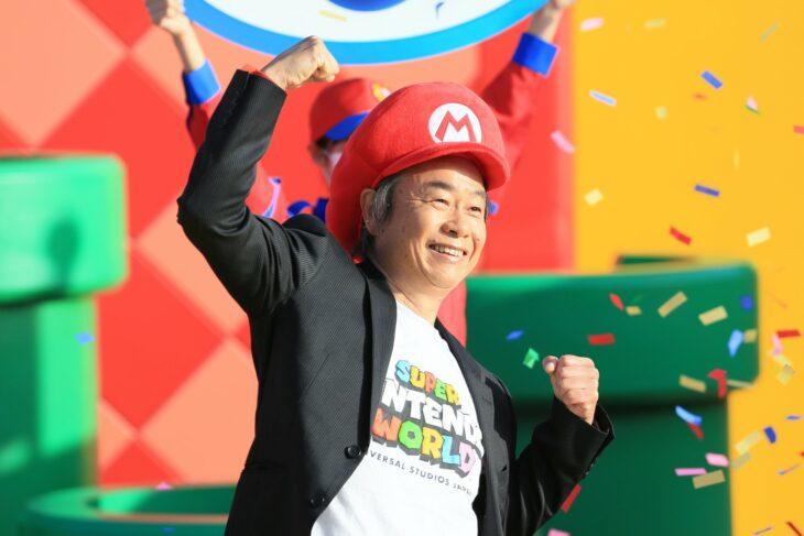 Miyamoto en la inauguración de Super Nintendo World