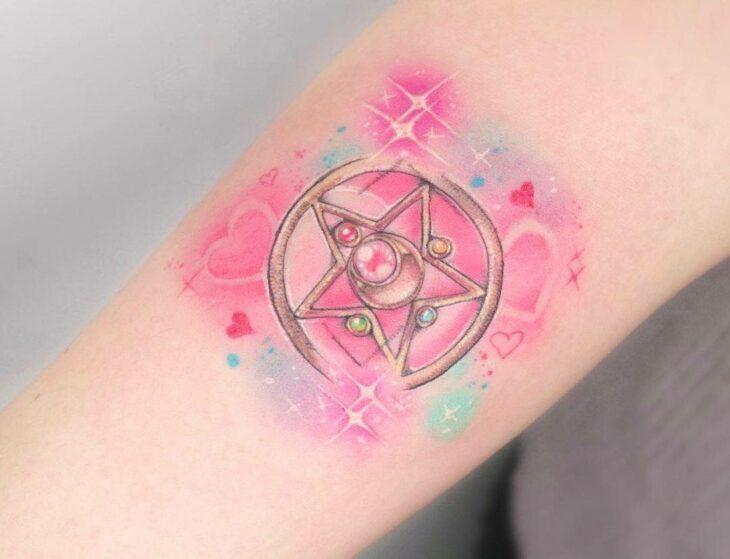 Tatuaje de la estrella de cristal de Sailor Moon; 13 Tatuajes para decorar tu piel 'en el nombre de la Luna'