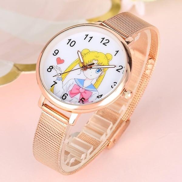 Reloj de mano con diseño de Sailor Moon; 13 Accesorios chulísimos que sí o sí te mereces