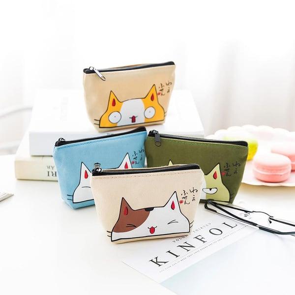 cosmetiqueras con diseños de gatos; 13 Accesorios chulísimos que sí o sí te mereces
