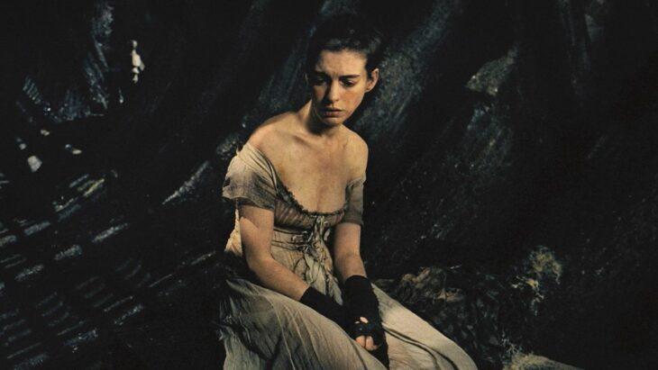 Anne Hataway como Fantine en Los miserables