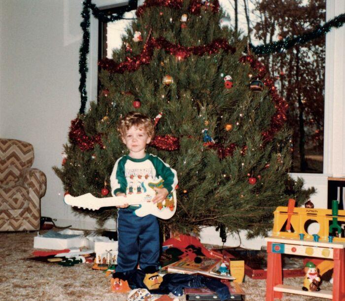 Justin Timberlake cuando era niño posando para una fotografía