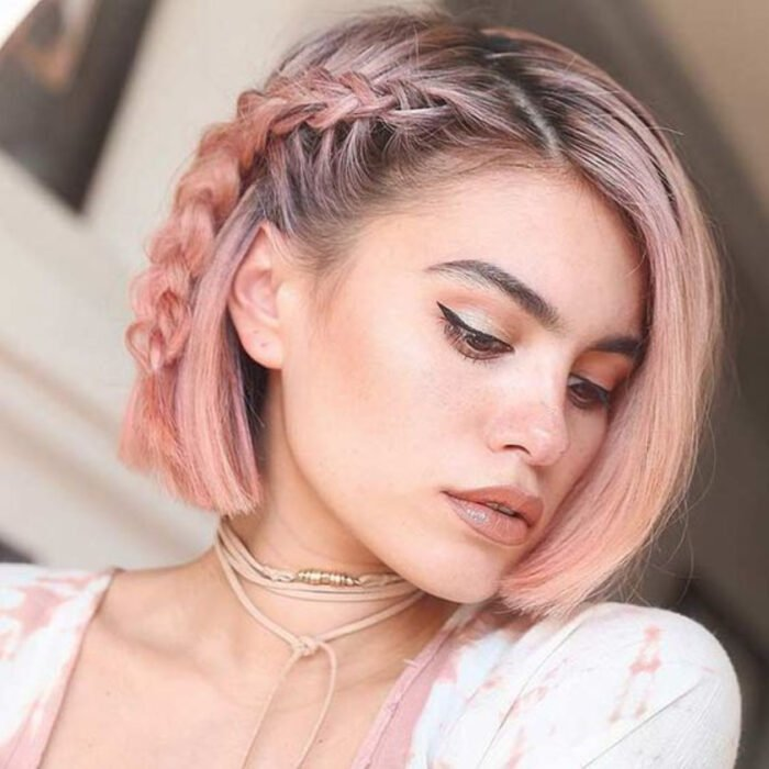 Girl with a bob cut and 'Gold Pink Hair' dye