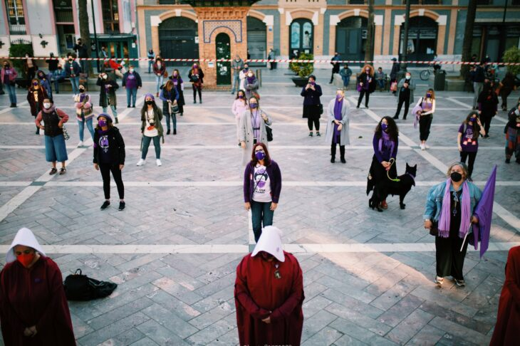 Mujeres formadas durante las protestas del 8 de marzo 2021