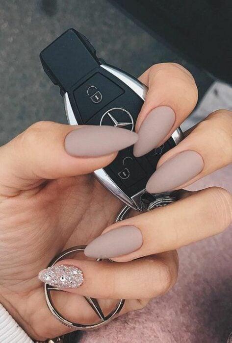 Nude manicure with matte effect; Ideas for nude manicure