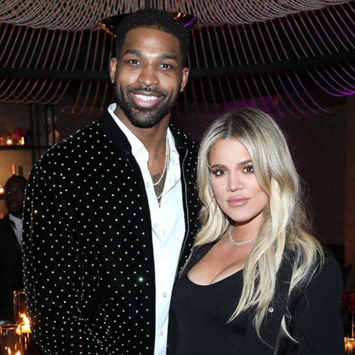 Khloe Kardashian y tristan thompson posando para una fotografía