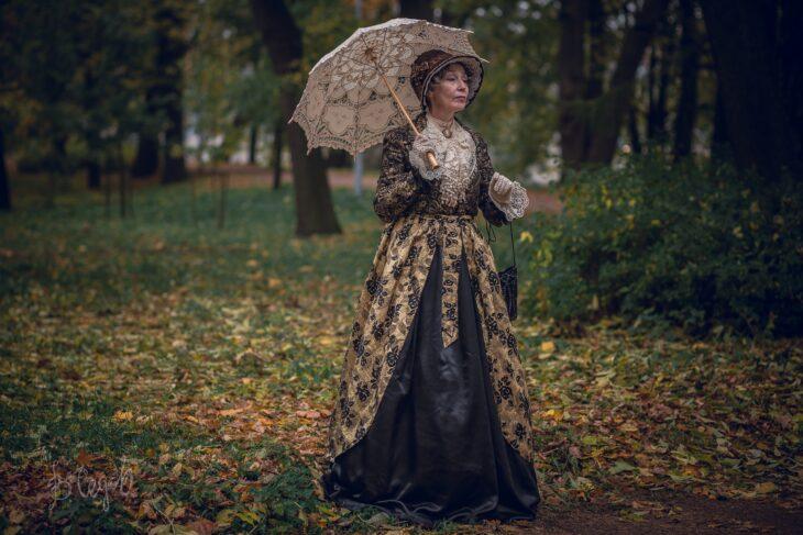 Cosplay de mujer victoriana, de Marina Badianova