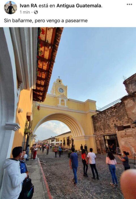 Chico de pase en un pueblo mágico mexicano; Mexicanos están compartiendo fotos de sus viajes con ingeniosas rimas