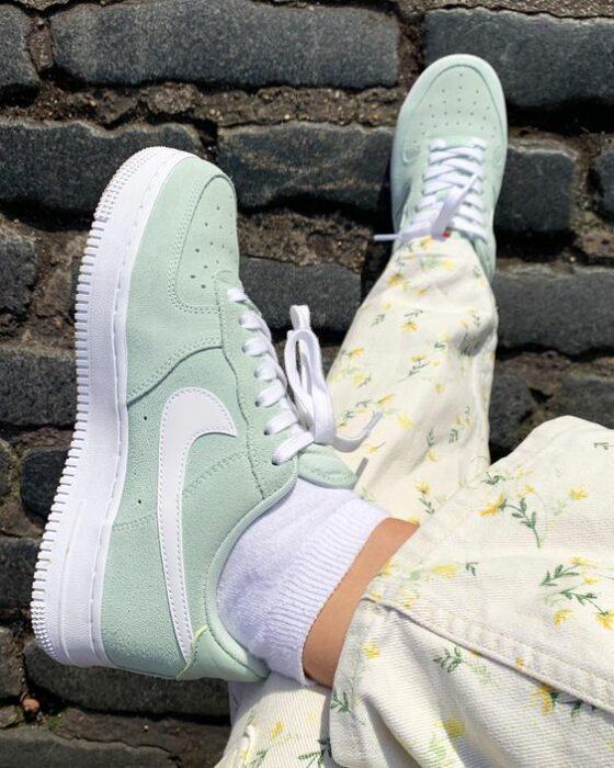 Tenis Nike color verde menta