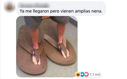Meme de niño usando unas sandalias enormes