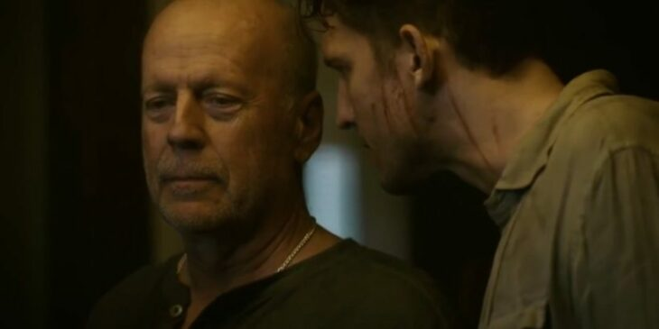 Bruce Willis en una escena de la película Sobrevive esta noche, Breach