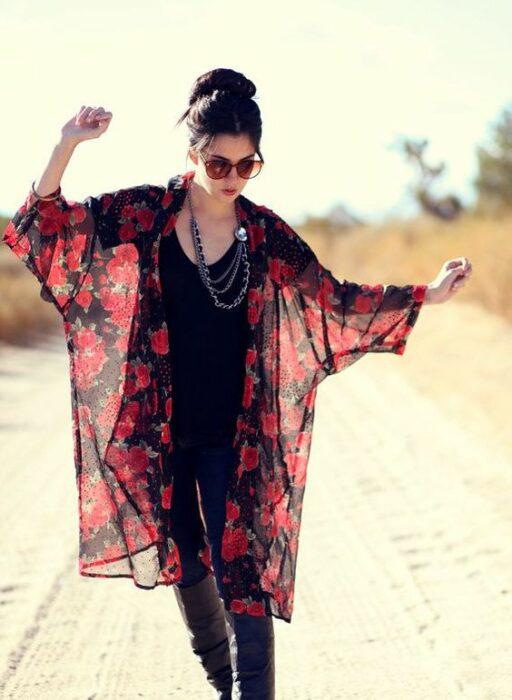 Girl wearing translucent kimono with red strawberries; 13 Ideas to wear a kimono like Sailor Mars