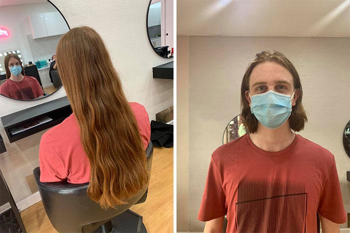 Chico rubio antes y después de cortar su cabello para donarlo