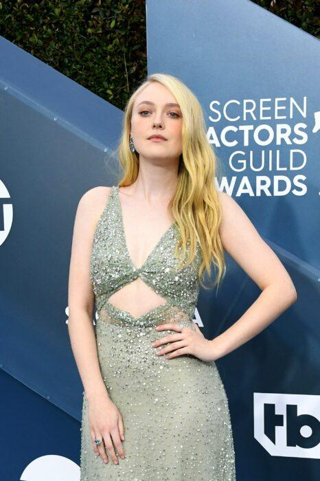 Dakota Fanning en una entrega de premios; 15 Celebridades menores de 30 que son las futuras promesas de Hollywood