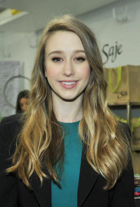 Taisa Farmigga sonriendo; 15 Celebridades menores de 30 que son las futuras promesas de Hollywood