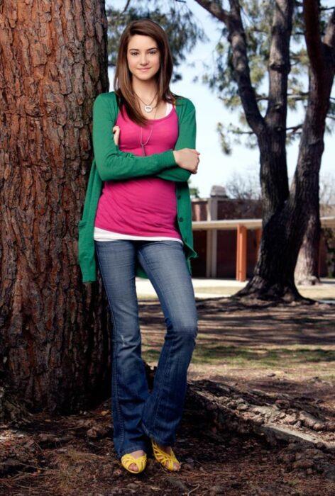 Shailene Woodley  para la serie La vida secreta del adolescente estadounidense; 15 Celebridades que se dicen arrepentidas de los papeles que han tomado