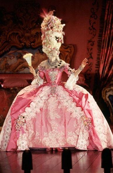 Carlotta vestido rosa el fantasma  de la opera