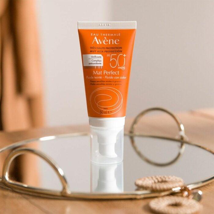 Eau thermale Avène Mat Perfect Fluido Fps 50+ Con Color;  5 Protectores solares con color para proteger tu piel